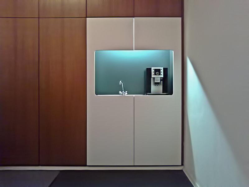 Individuelle Büromöbel vom Schreiner in Stuttgart - Die Stuttgarter Möbelmacher